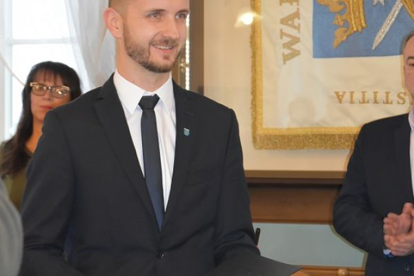 Burmistrz Maciej Żebrowski po złożeniu ślubowania na Burmistrza Miasta Wałcz