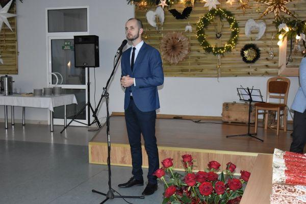 II Gala Ekonomii Społecznej w Wałczu, przemawia Maciej Żebrowski-burmistrz miasta Wałcz