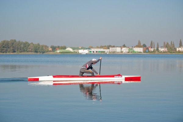 Jezioro Raduń - trening kajakarza